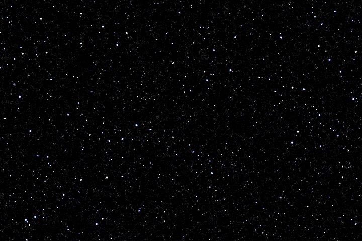 真っ暗な宇宙