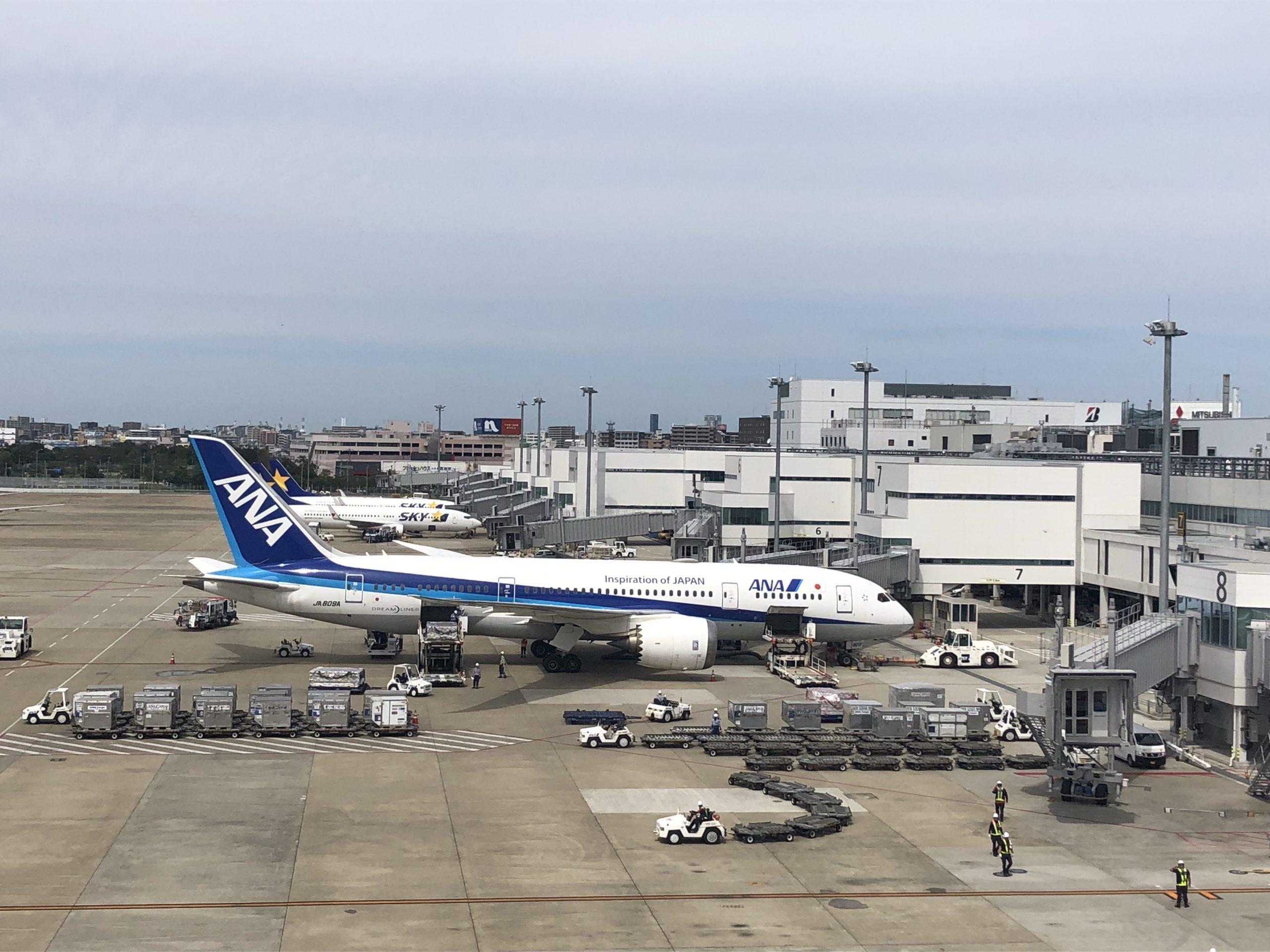 飛行機の作業風景